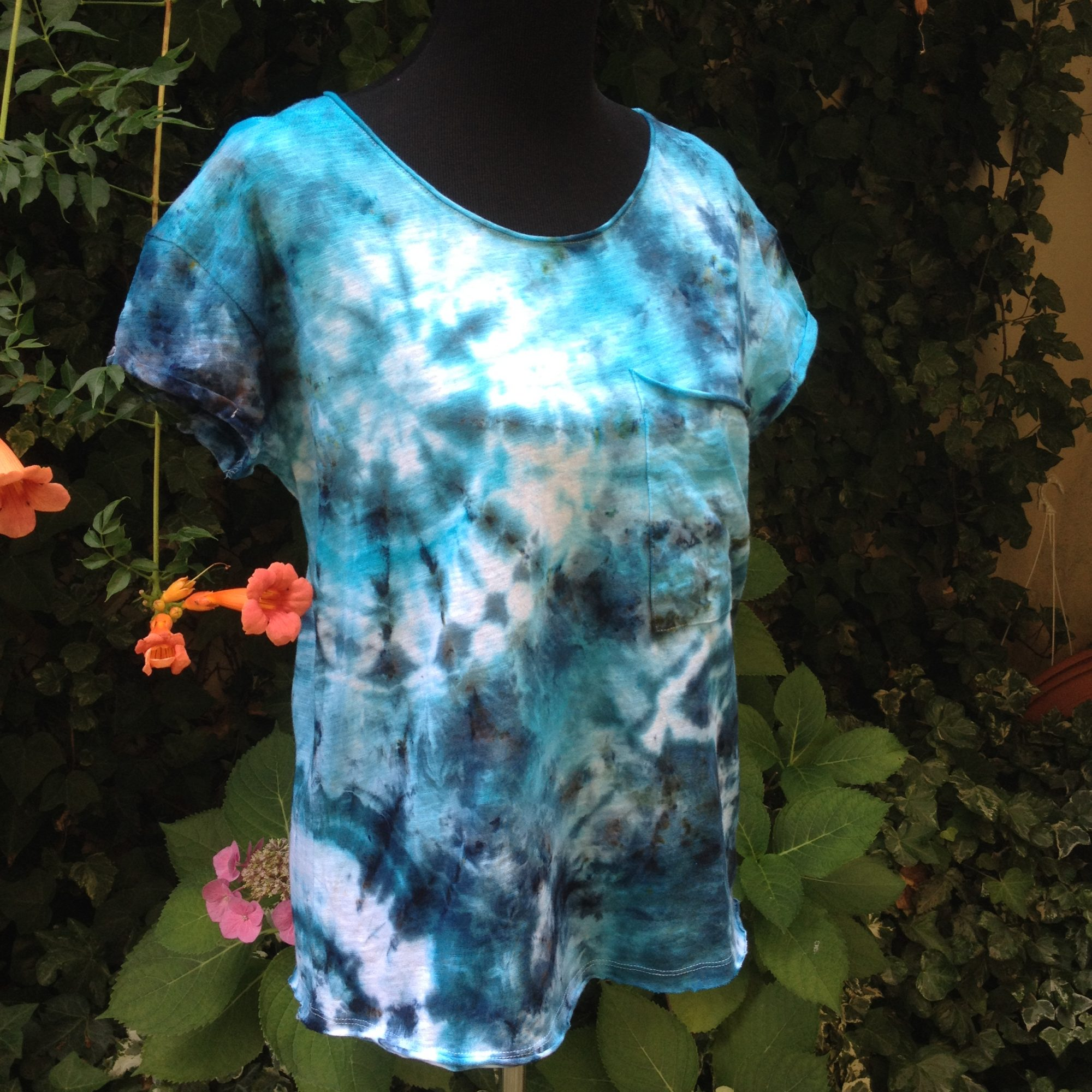 Blue vibes. Ice-dyed cotton t-shirt