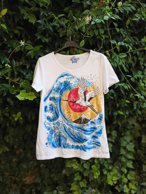 The Great Wave hand painted 100% cotton t-shirt with original painting
